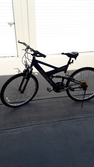 Trek bike for Sale in Laton, CA