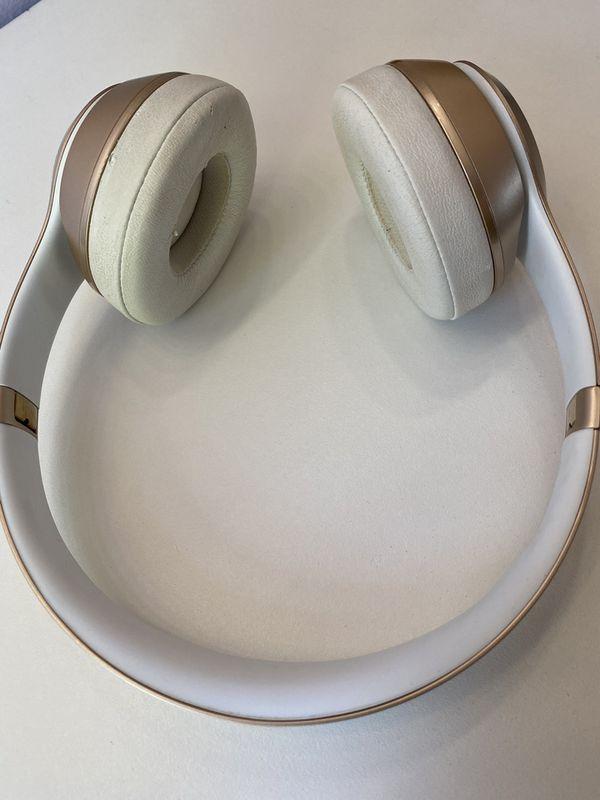Beats Solo Gold Wireless Headphones