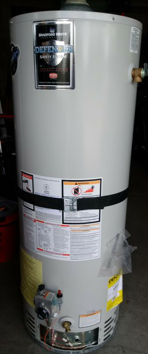 50 gallon water heater for Sale in Aurora, CO