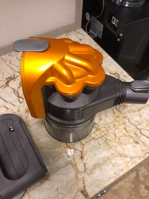 Dyson DC32 parts only - head and charger for Sale in Parkland, FL