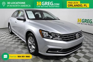 2017 Volkswagen Passat for Sale in Orlando, FL