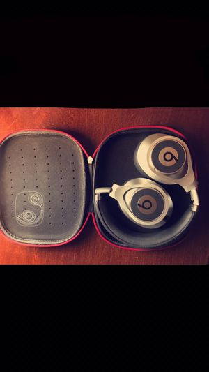 Beats executives headphones for Sale in Loma Linda, CA