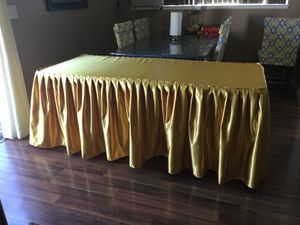 Gold satin tablecloth 6 ft for sale for Sale in Fontana, CA