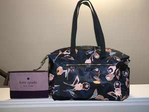💋 NEW— KATE SPADE weekender duffle bag AND pouch bag for Sale in Greenwood, IN