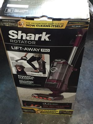 Shark Rotator Vacuum for Sale in Tampa, FL