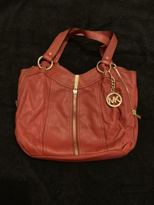 Michael Kors red patent leather handbag for Sale in Ashland, PA