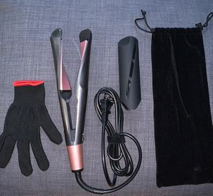 hair straightener and curling for Sale in Philadelphia, PA