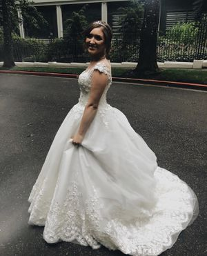Ballgown Wedding Dress for Sale in Vancouver, WA