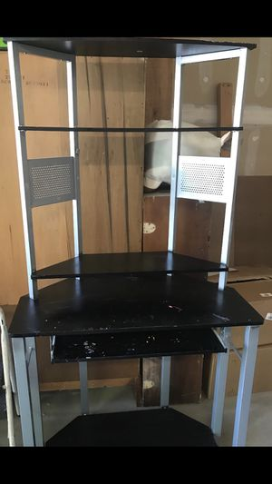 Black corner desk for Sale in West Jordan, UT