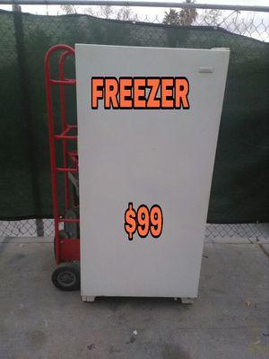 FREEZER WORKING GOOD for Sale in Las Vegas, NV