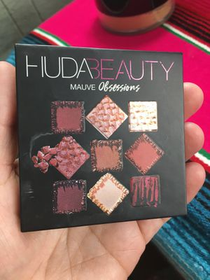 Huda makeup for Sale in Lynnwood, WA