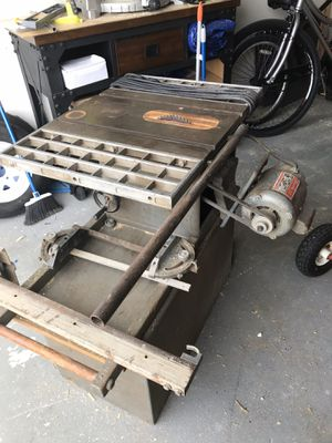 Working large table Saw for Sale in Pembroke Pines, FL