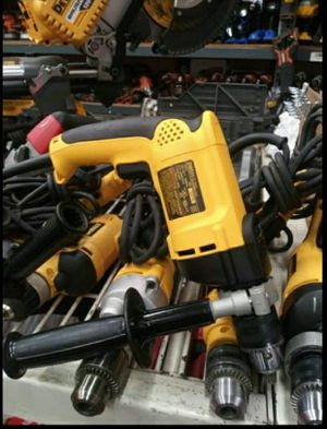 DEWALT 7.8 AMP CORDED 1/2 IN VARIABLE SPEED REVERSIBLE HAMMER DRILL for Sale in San Bernardino, CA