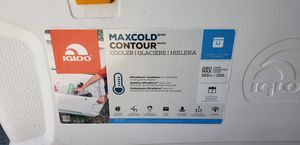 Free maggot infested igloo maxcold 280 can ice chest cooler for Sale in Buckeye, AZ