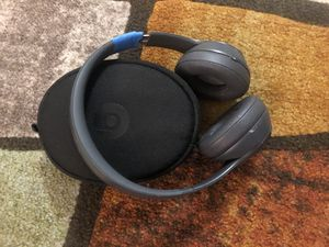 Beats Solo 3 wireless for Sale in Herndon, VA