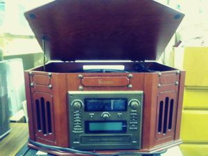 Phonograph/radio/ tape/ CD Player for Sale in Sumner, WA