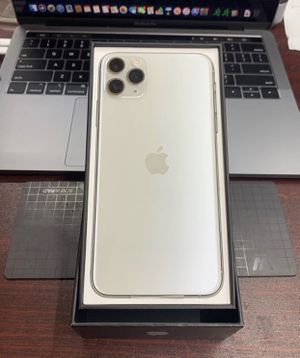 """() Silver """" iPhone 11 Pro Max for Sale in Backus, MN"""