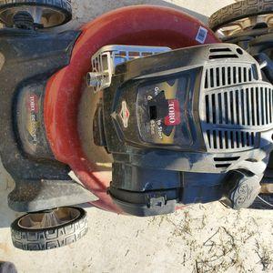 Lawn Mower for Sale in Bakersfield, CA