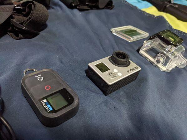 Gopro hero 3, wifi remote, accessories and mounts