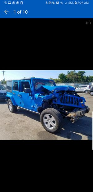 2011 jeep wrangler Sahara PARTS ONLY for Sale in Mount Vernon, NY