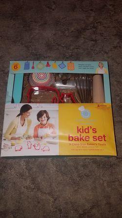 Unopened Martha Stewart Kids Bake Set for Sale in Carlock,  IL