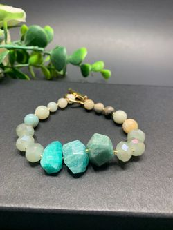 Irregular Natural Stone Open Bracelet Round Glass Beads Clasp Bracelet, Green for Sale in Los Angeles,  CA