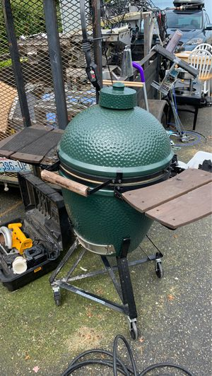 """21"""" Big Green Egg Smoker - BBQ - Oven for Sale in Tacoma, WA"""