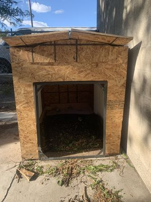 Dog house for Sale in Salt Lake City, UT
