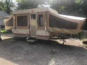 1983 Coleman pop up camper for Sale in Lake in the Hills, IL