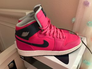 Air Jordan Retro 1 little use, I sell them because I bought them for a specific date and they bothered me, interested, send message for Sale in Winter Haven, FL