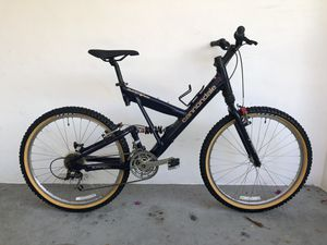 Cannondale Super v400 Mountain Bike for Sale in Hollywood, FL