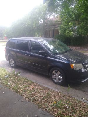 2013 Dodge grand caravan sxt for Sale in Brunswick, GA