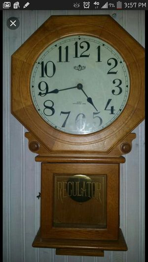 Antique Westminister Quartz moving Chime Wall Clock for Sale in Oak Park, IL