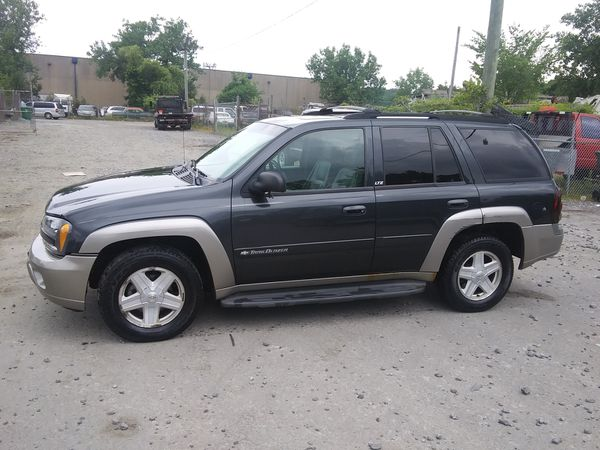 2003 Chevy Trailblazer Ltz 140k miles runs and drives!!!