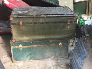 2 trunks for Sale in Knoxville, TN