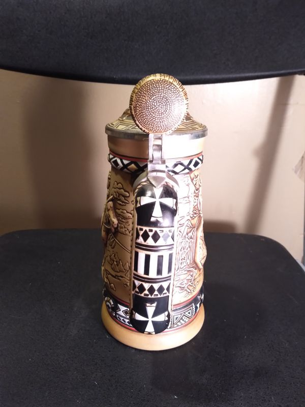 Native American motief stein