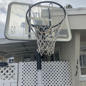 Free Basketball hoop for Sale in Dana Point, CA