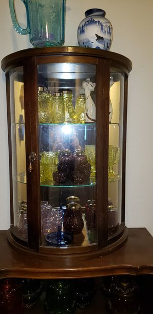 Semi round antique display cabinet for Sale in Vancouver, WA