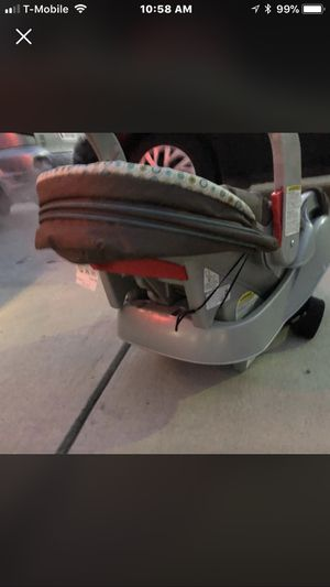 Garco baby car seat for Sale in Severn, MD
