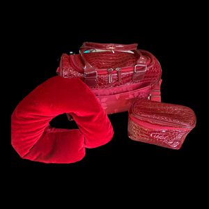 Valentines Day Overnight Bag for Sale in Cookstown, NJ