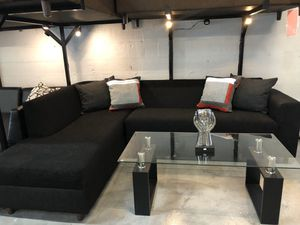 Black 2PC Sectional 🔥 for Sale in Miami, FL