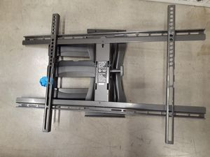 Universal Articulating TV Wall Mount for Sale in Woodland Hills, CA