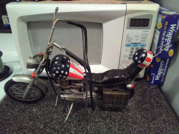 Easy rider captain America motorcycle it's not a real motorcycle it's a diecast bike it's huge and awesome