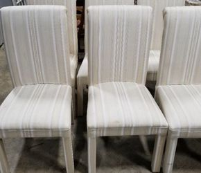 Table With Leaf & 6 Chairs for Sale in Nashville,  TN