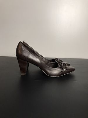 EAST 5th Womens size 9.5 Brown patent Slip-on Classics Heels Shoes Pre-owned for Sale in French Creek, WV