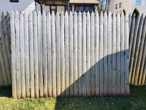 Free fence for Sale in Woodbridge Township, NJ