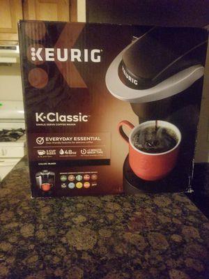 Keurig K•Classic Coffee Maker 48 oz for Sale in Gardena, CA