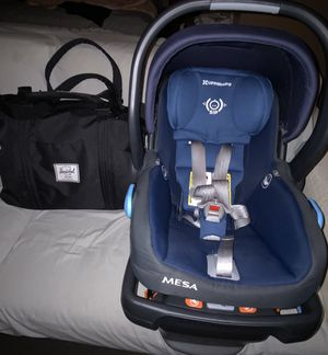 Uppababy Mesa Car Seat & Herschel Diaper Bag for Sale in Santa Ana, CA