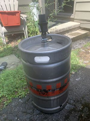 Empty keg and working tap for Sale in Columbus, OH