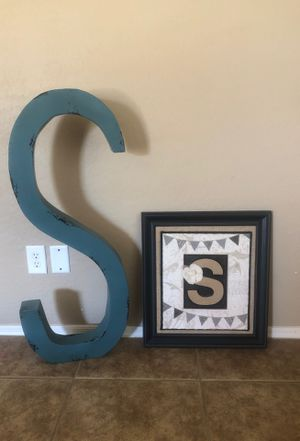 S letters - pictures for Sale in Goodyear, AZ